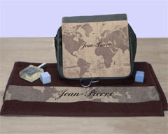 idee-cadeau-serviette-trousse-personnalise