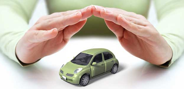 main-assurance-vehicule
